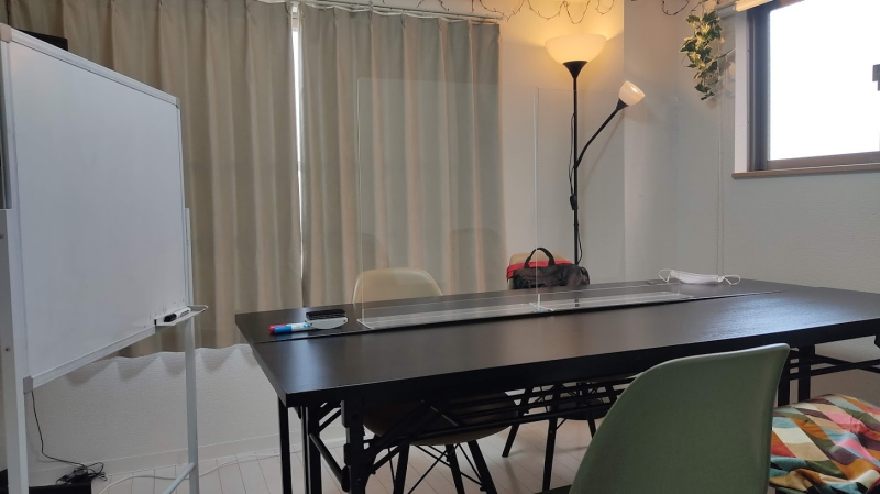 新しくて綺麗な貸会議室